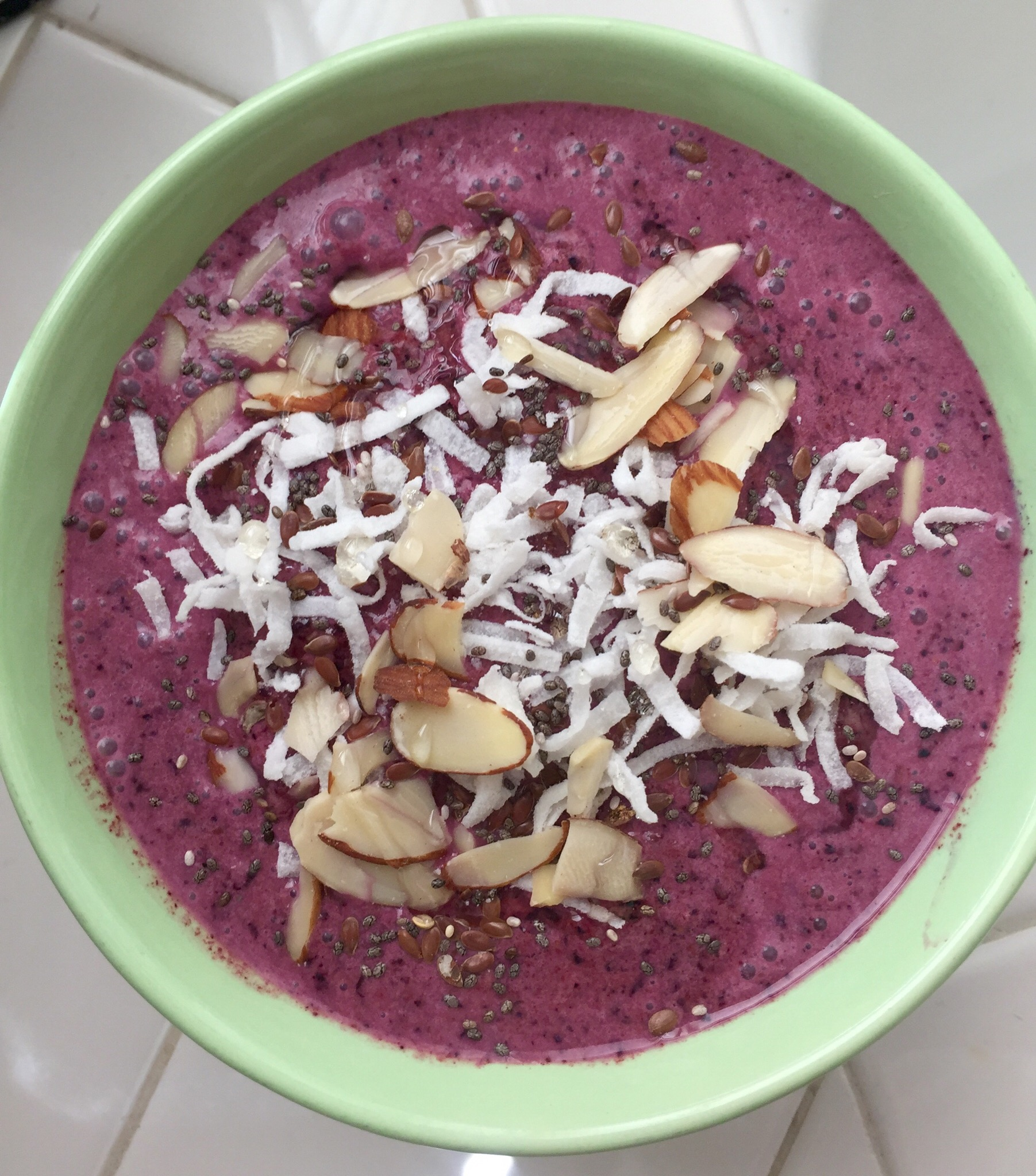 immunity boost smoothie bowl